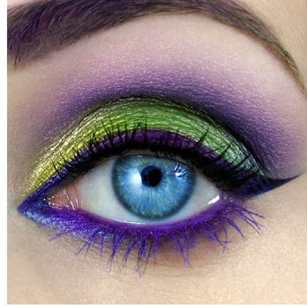 Gonna do this in different shades of blue with a really deep purply red lip for ...