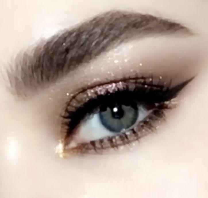 #PMGHowTo : Metallic gold cat eye makeup tutorial — featuring the Pat McGrath ...
