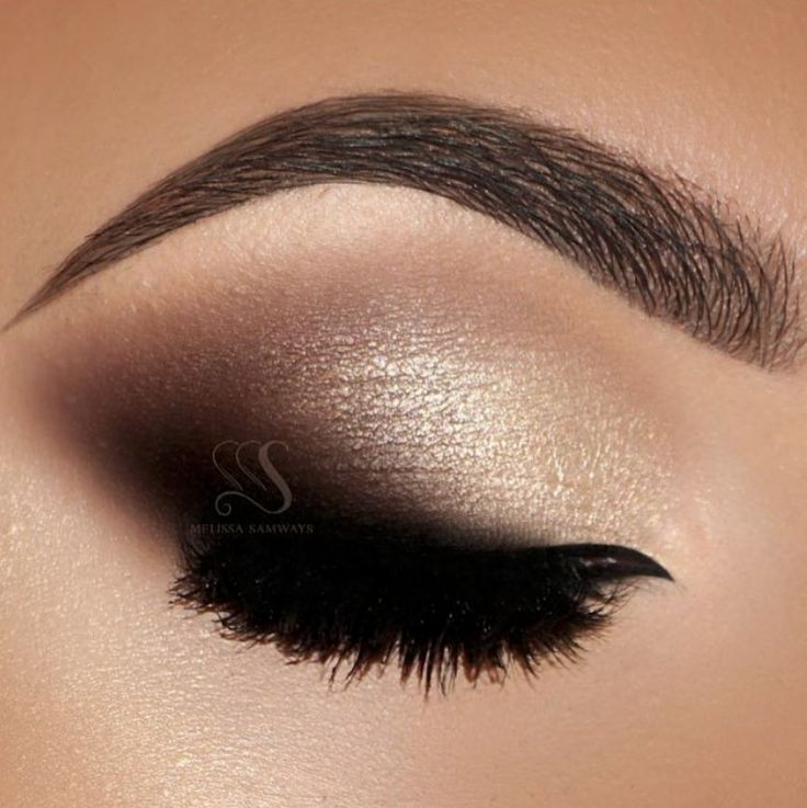 Smokey eyes for your wedding day #wedding #makeup