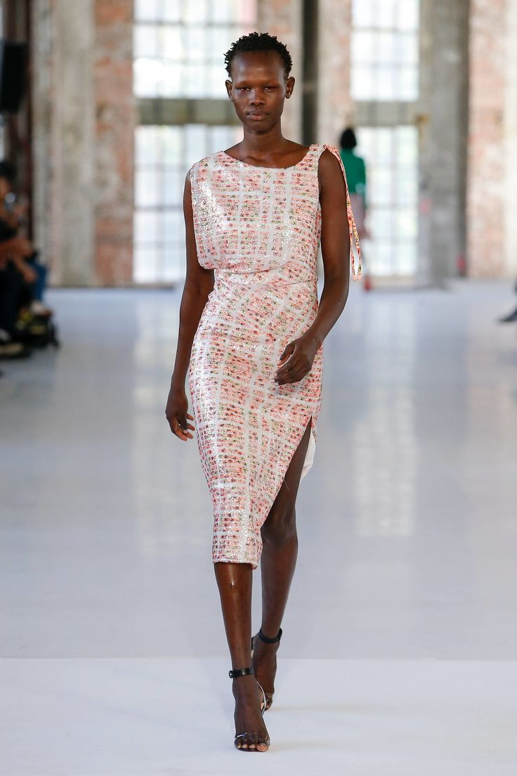 Atlein Spring 2019 Ready-to-Wear Collection.