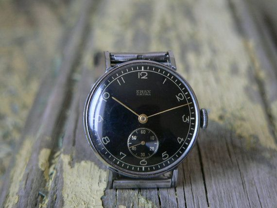 Military watch ERAX EXTRA .Very good cosmetic condition for its age. Movement is...