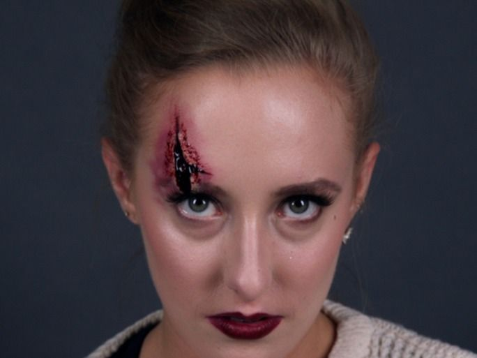An Easy Wound Makeup Tutorial That Makes Any Halloween Costume Extra Spooky —...