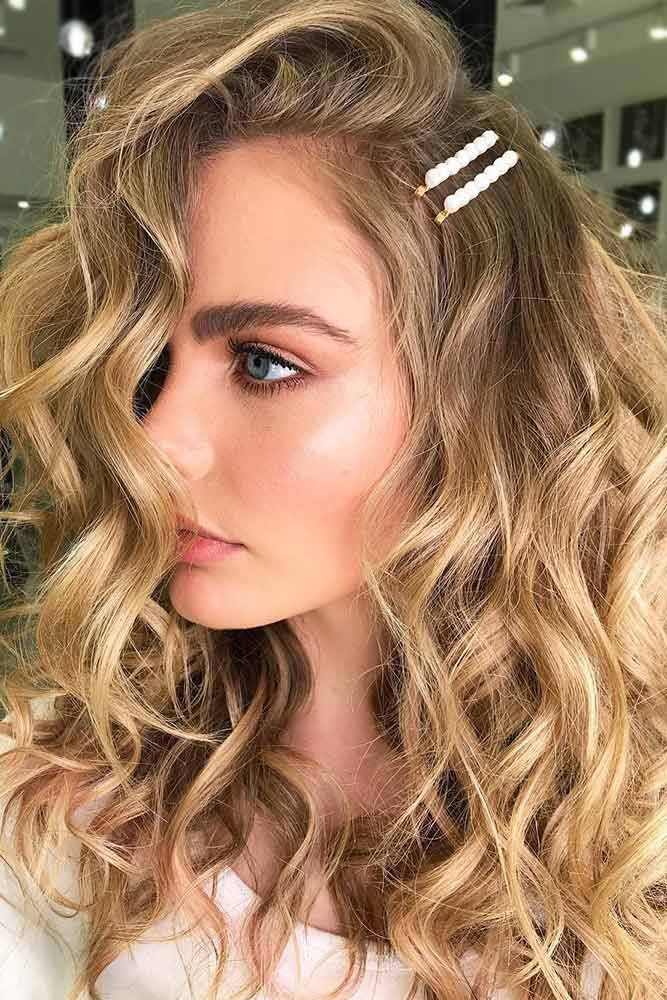 Blonde Balayage For Natural Look #blondehair #honeyblonde #balayage ❤️ Want ...