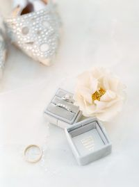 The Sweetest All White Wedding at Muskoka Bay Club Resort | Photography: Kayla Y...
