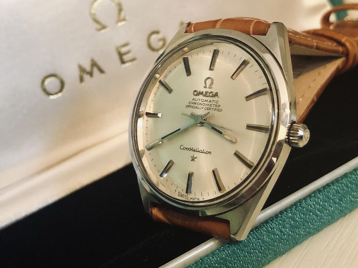 Omega Chronometer Certified Automatic self winding cal 752 movement men's vintage dress watch