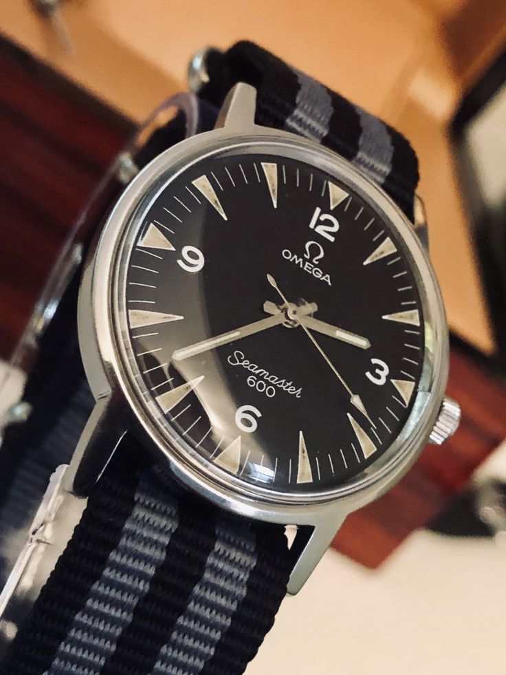 Omega Seamaster 600 Military Dial vintage 1969 men's watch