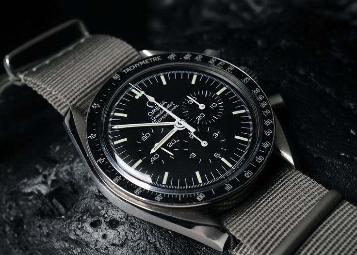 Another view of a gorgeous Omega Speedmaster courtesy of Bernard @ 100percent-ro...