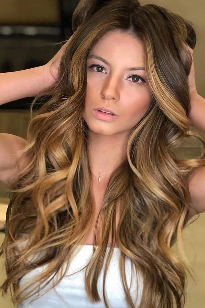 Face Framing Dark Honey Lights #blondehair #honeyblonde ❤️ Want to pull off ...