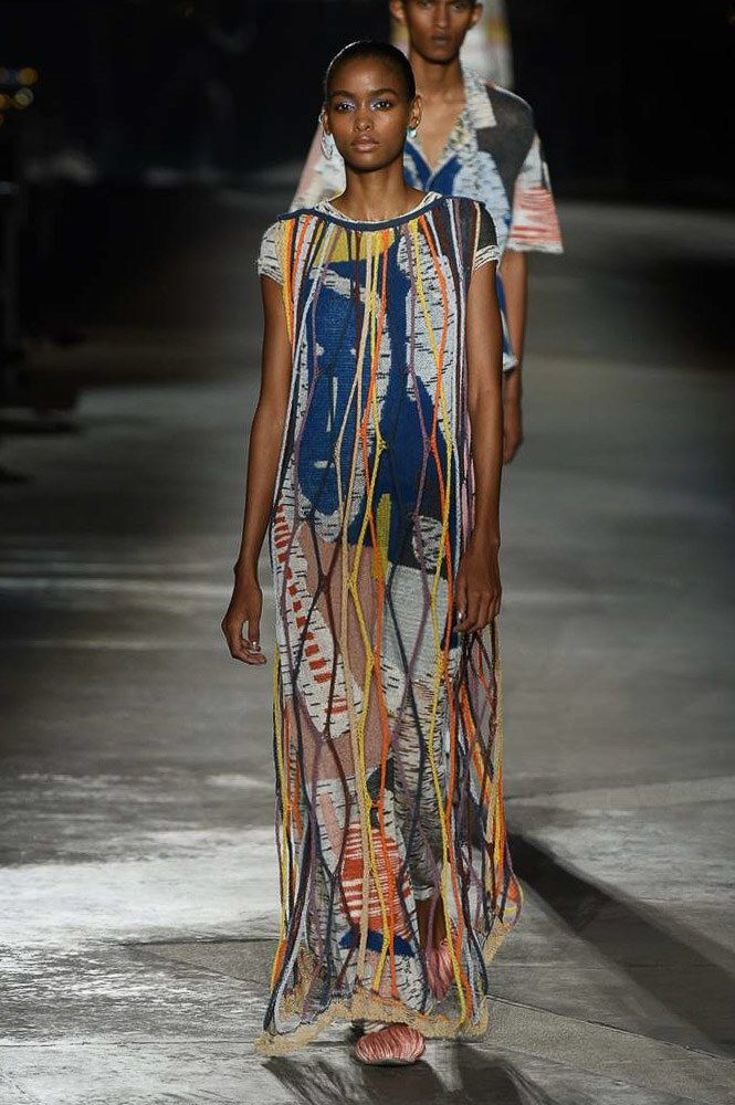 Missoni Spring 2019 Ready-to-Wear collection, runway looks, beauty, models, and ...