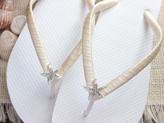 Bridesmaid flip flops, Beach wedding shoes, Bachelorette party favor gift wedding sandals, Bridal shower, Ivory Satin/starfish