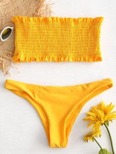 Conjunto de bikini bandeau con volantes y volantes