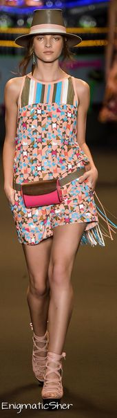 ESPAÇO FASHION Summer 2015 Ready-to-Wear