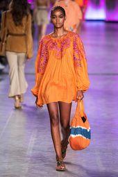 Alberta Ferretti Spring 2020 Ready-to-Wear Fashion Show