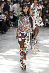 Sacai Spring 2019 Ready-to-Wear Fashion Show