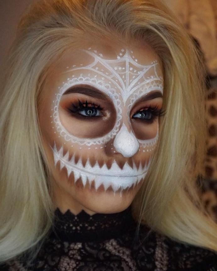 makeup ideas 2017 2018 white skull halloween makeup.